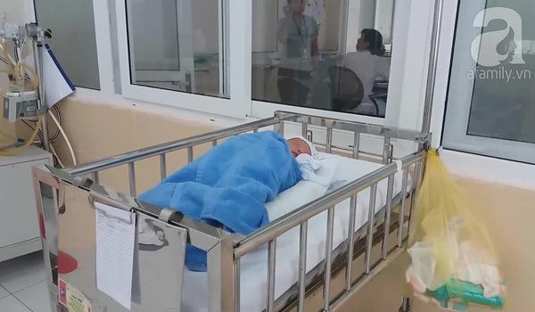 Hai bé sơ sinh bị bỏ rơi tại BV Đa khoa Đức Giang