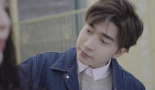 """Teaser MV ca khúc """"Chuyện anh vẫn chưa kể"""" - Chi Dân."""