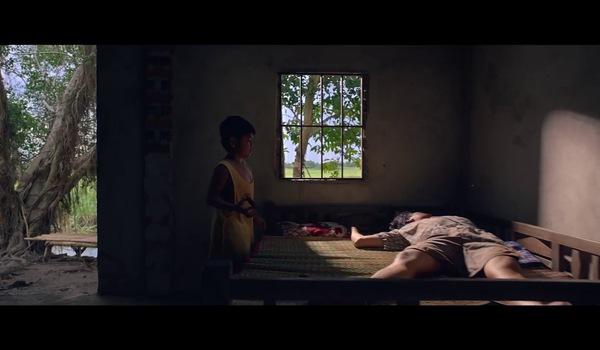 """Trailer phim """"Khi con là nhà"""" với sự tham gia của các diễn viên Lương Mạnh Hải, Tú Vi, bé Duy Anh..."""