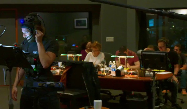 """""""Vệ binh dải ngân hà"""": Clip hậu trường lồng tiếng của Bradley Cooper (vai Rocket) và Vin Diesel (vai Baby Groot)"""
