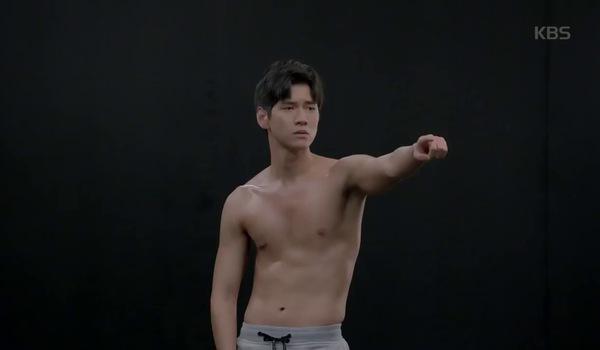 """""""Hắc kỵ sĩ"""" tập 3: Bạn trai cũ muốn quay lại với Hae Ra"""