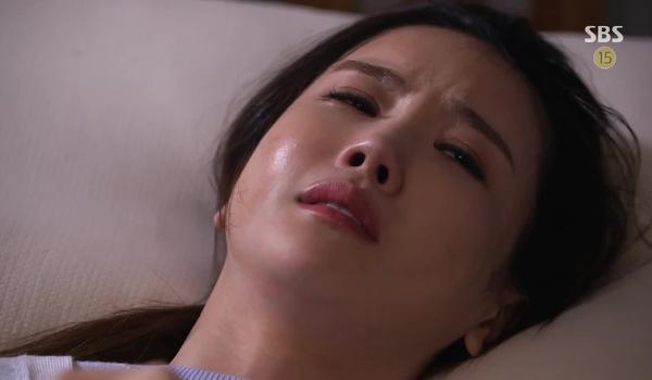 """""""Good Witch"""" tập 29 - 32: Woo Jin chăm sóc Sun Hee cả đêm"""