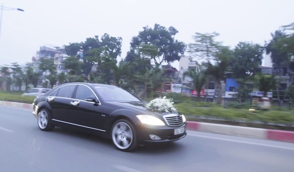 Clip ghi lại những khoảnh khắc đẹp nhất trong đám cưới của Ngọc Hiền - Hằng Ngân