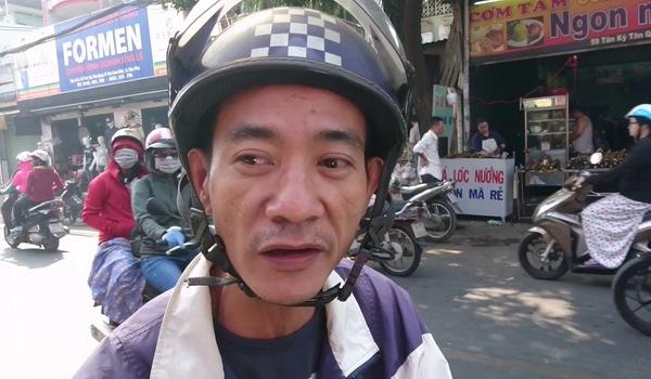 Phố cá lóc nướng ở Sài Gòn bội thu ngày vía Thần tài
