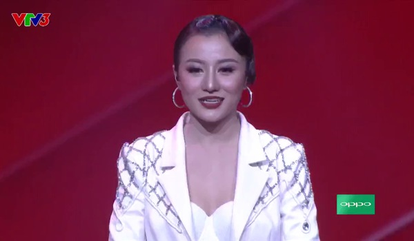 """The Voice 2017"": I love you - Huyền Dung"