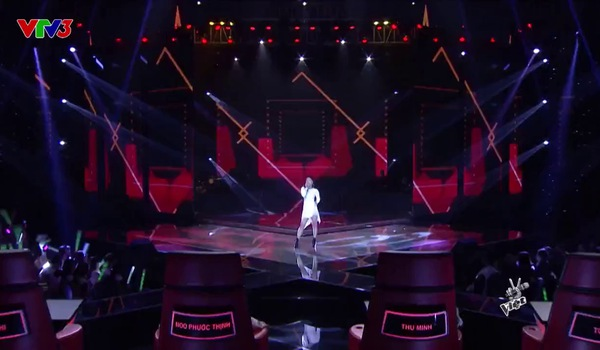 """The Voice 2017"": ""Side To Side"" - Han Sara"