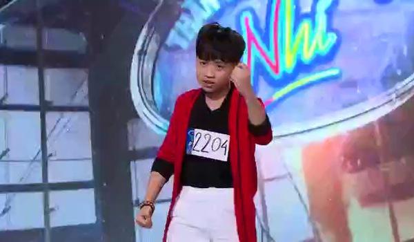 """""""Vietnam Idol Kids"""": Xuất hiện hàng loạt thí sinh nhí đáng yêu trong vòng Audition"""