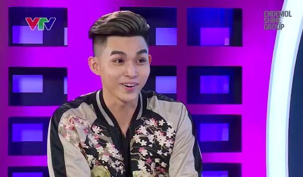 """Tập 3 """"Gương mặt thân quen 2017"""": Jun Phạm giả làm EXO"""