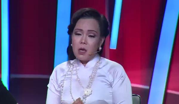 """Tập 8 """"Bước nhảy ngàn cân 2017"""": Việt Hương tiết lộ từng bị tâm thần phân liệt"""