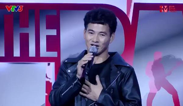 """Tập 1 """"Ban nhạc Việt"""": Mỹ Linh tái mặt vì bị Phương Uyên bóc phốt hát quên lời"""
