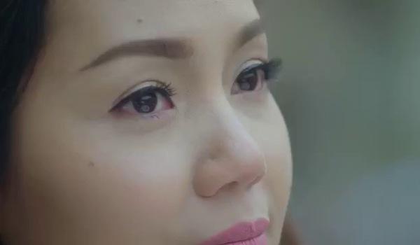 """MV """"Bên nhau bao lâu"""": Nguyễn Ngọc Anh hôn Tô Minh Đức ở Venice"""