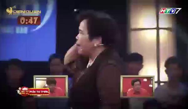 """Gala 1 của """"Thách thức danh hài"""": Cô bán chè Kim Dung"""
