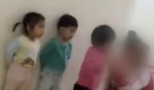 Clip ghi lại cảnh ngược đãi trẻ em