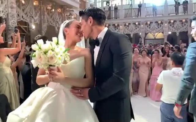 Clip: Nữ minh tinh thị phi nhất Thái Lan Janie Tienphosuwan hạnh phúc bên chồng trẻ kém 10 tuổi trong đám cưới