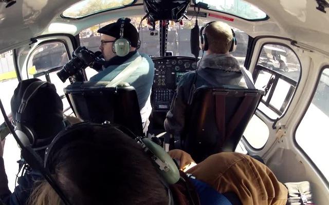 Nhiếp ảnh gia Vincent LaForet lên máy bay đi chụp ảnh trên không