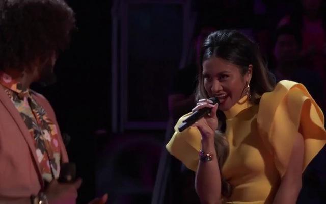 "The Voice US: ""I'm Your Baby Tonight"" - Davon Fleming vs. Maharasyi"