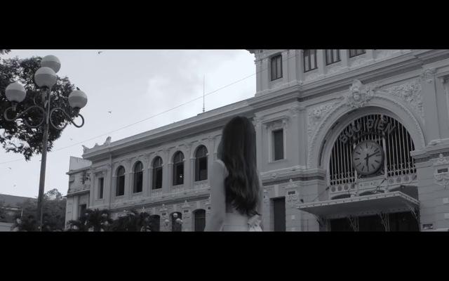 """MV Lyric """"Mưa rơi mưa rơi"""" - Lưu Hương Giang"""