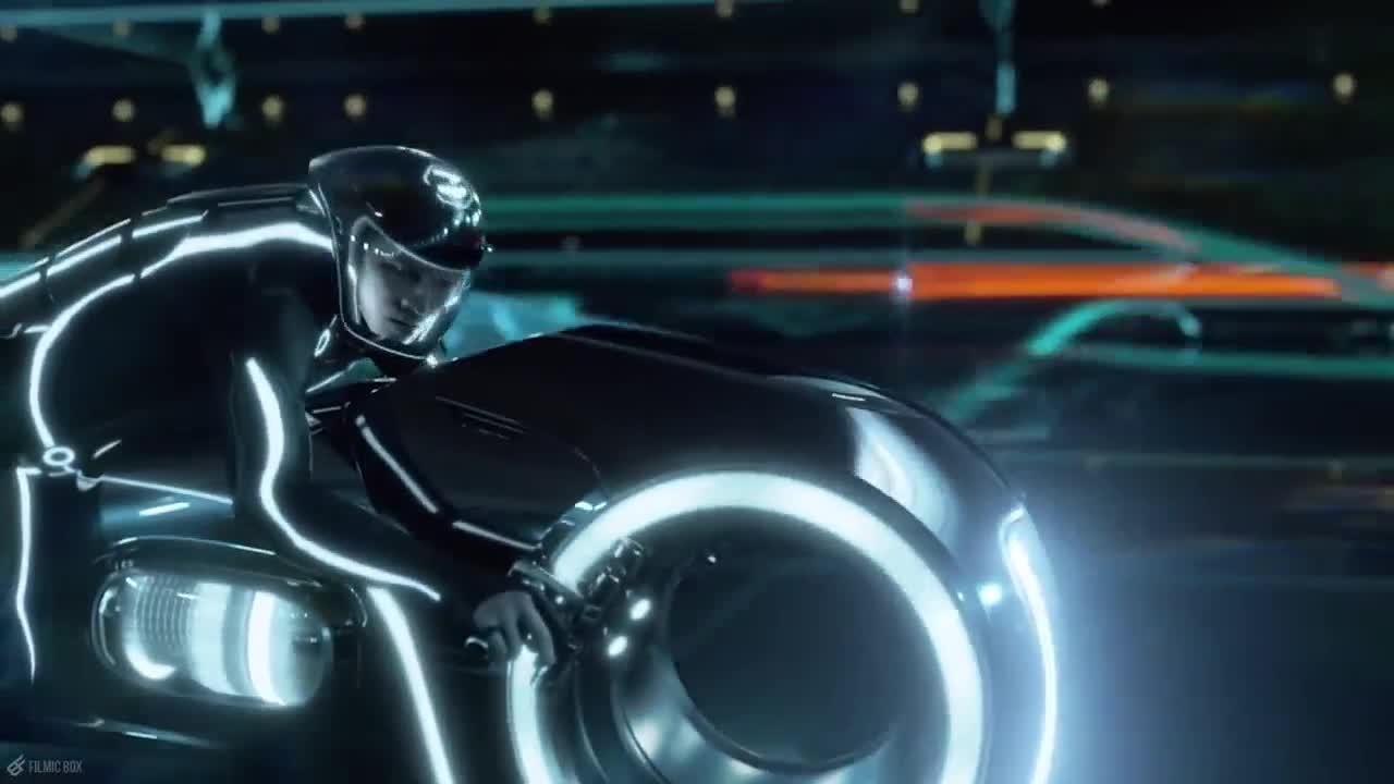 Nguồn gốc phim ảnh của chiếc Tron Light Cycle vừa về Việt Nam