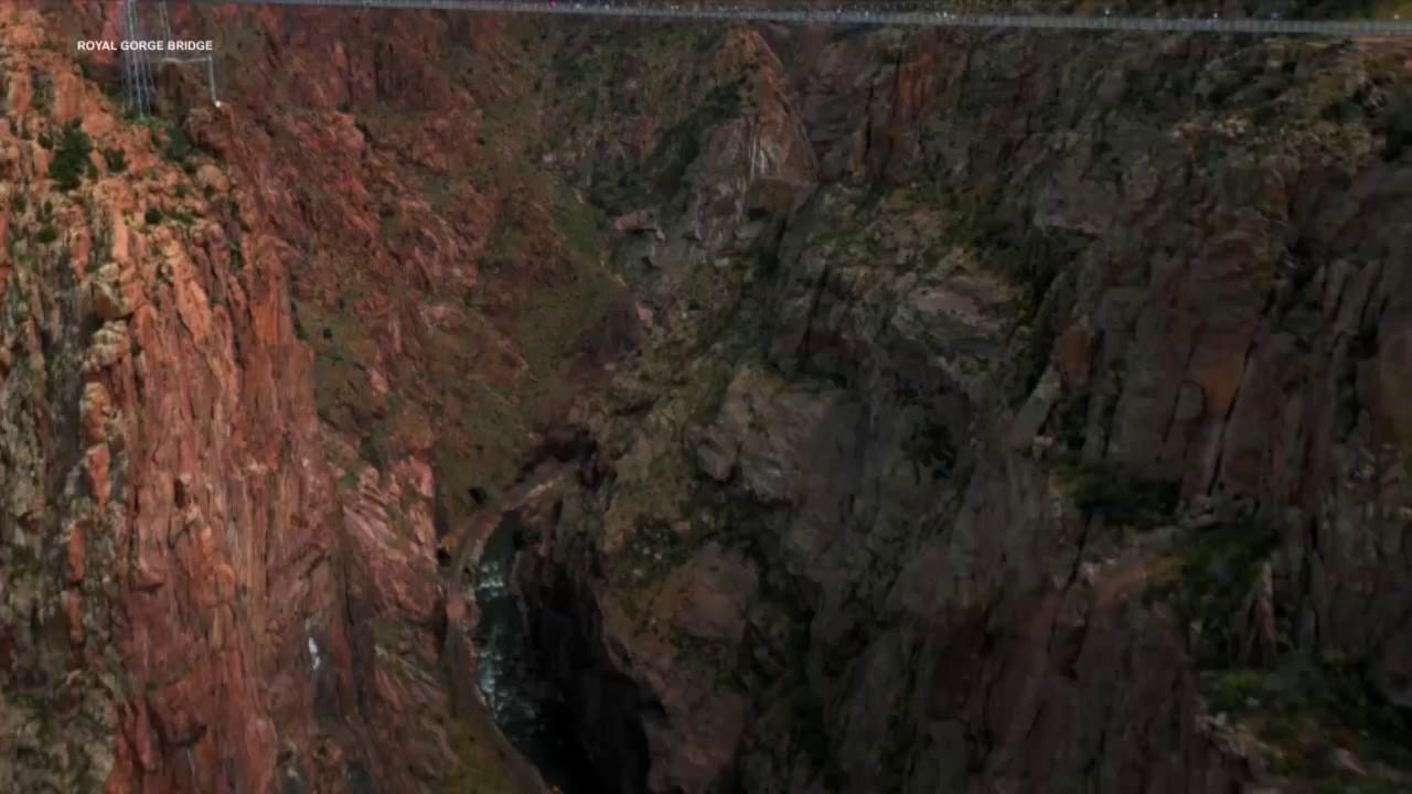 8 cây cầu nổi tiếng nhất thế giới