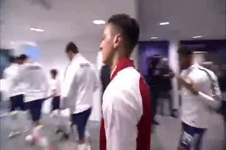 Cầu thủ Arsenal và Tottenham gặp nhau tại Wembley sau 24 năm