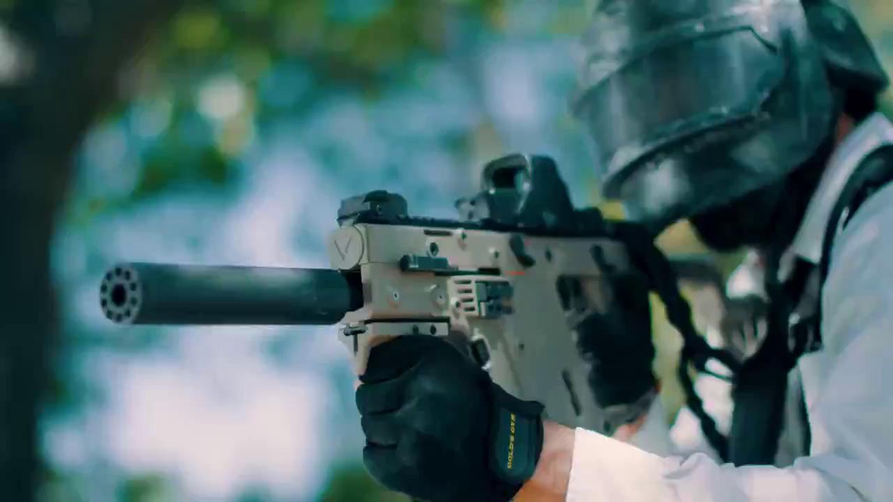 Xuất hiện phim hot về Battlegrounds, cầm chảo đỡ đạn như trong game