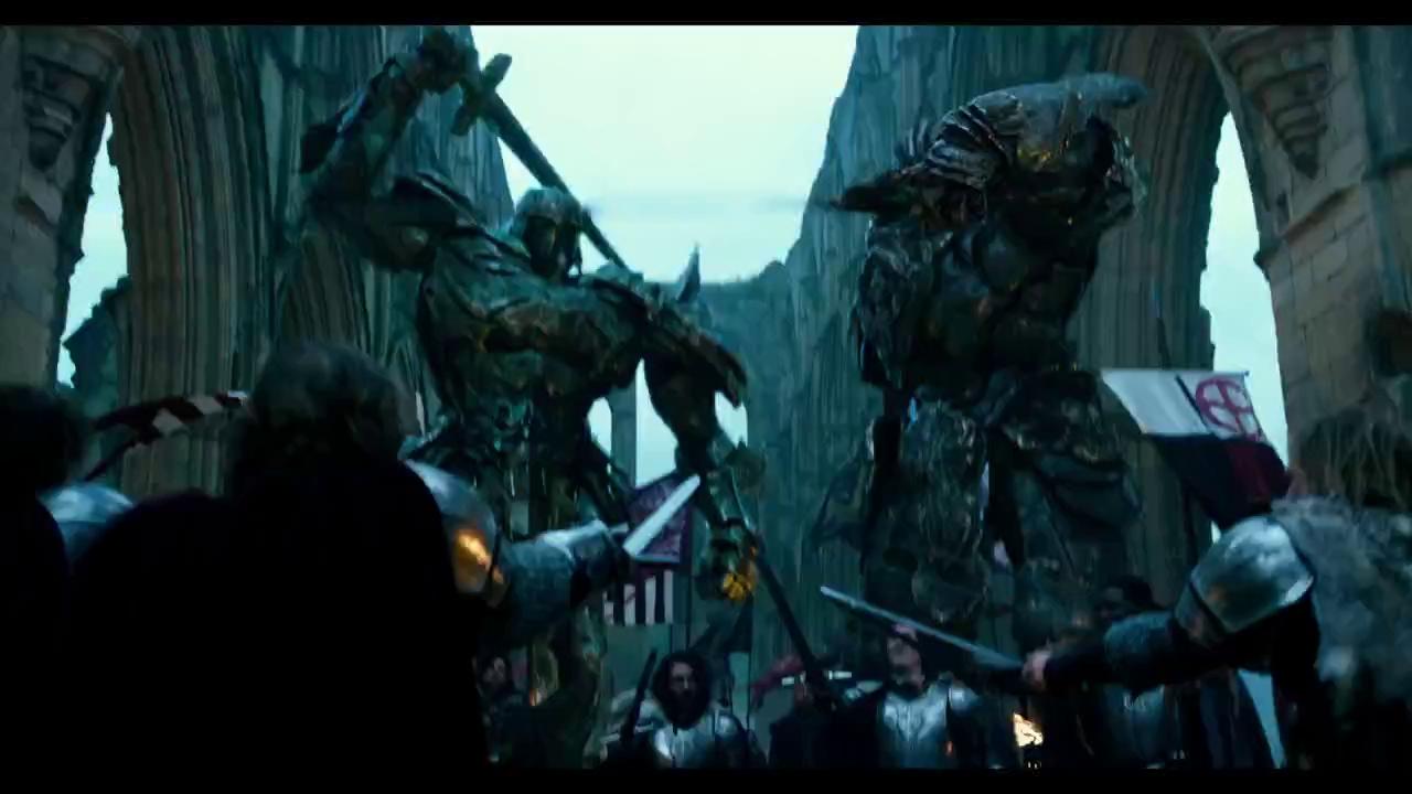 Optimus Prime chính thức ra tay với đồng đội của mình trong trailer mới của Transformers: The Last Knight