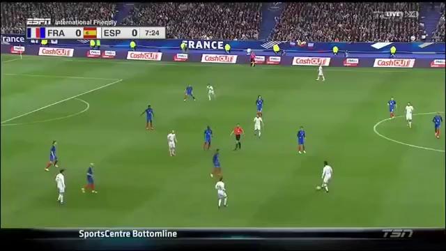 """Trọng tài liên tục """"bẻ còi"""" trận Pháp – Tây Ban Nha vì công nghệ"""