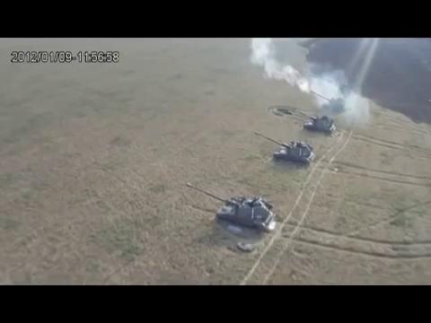Pháo binh Ukraine tham gia trong cuộc nội chiến với các nước cộng hòa tự xưng ở miền Đông.