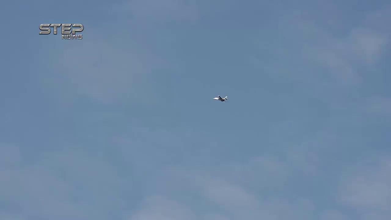 Máy bay cường kích chiến trường Su-25 phóng tên lửa dữ dội vào chiến tuyến phiến quân ở Idlib - video STEP