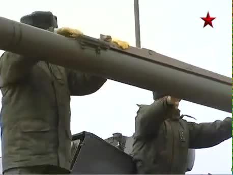Tổ hợp pháo - tên lửa phòng không Pantsir-S1 thực hành bắn đạn thật diệt mục tiêu.