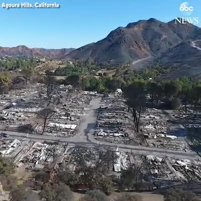 Video khung cảnh California từ trên cao sau đám cháy rừng. Nguồn: ABC.