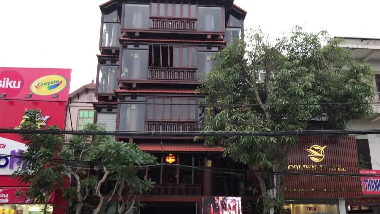 Video: Độc đáo nhà gỗ trăm tỷ của đại gia Hà Tĩnh