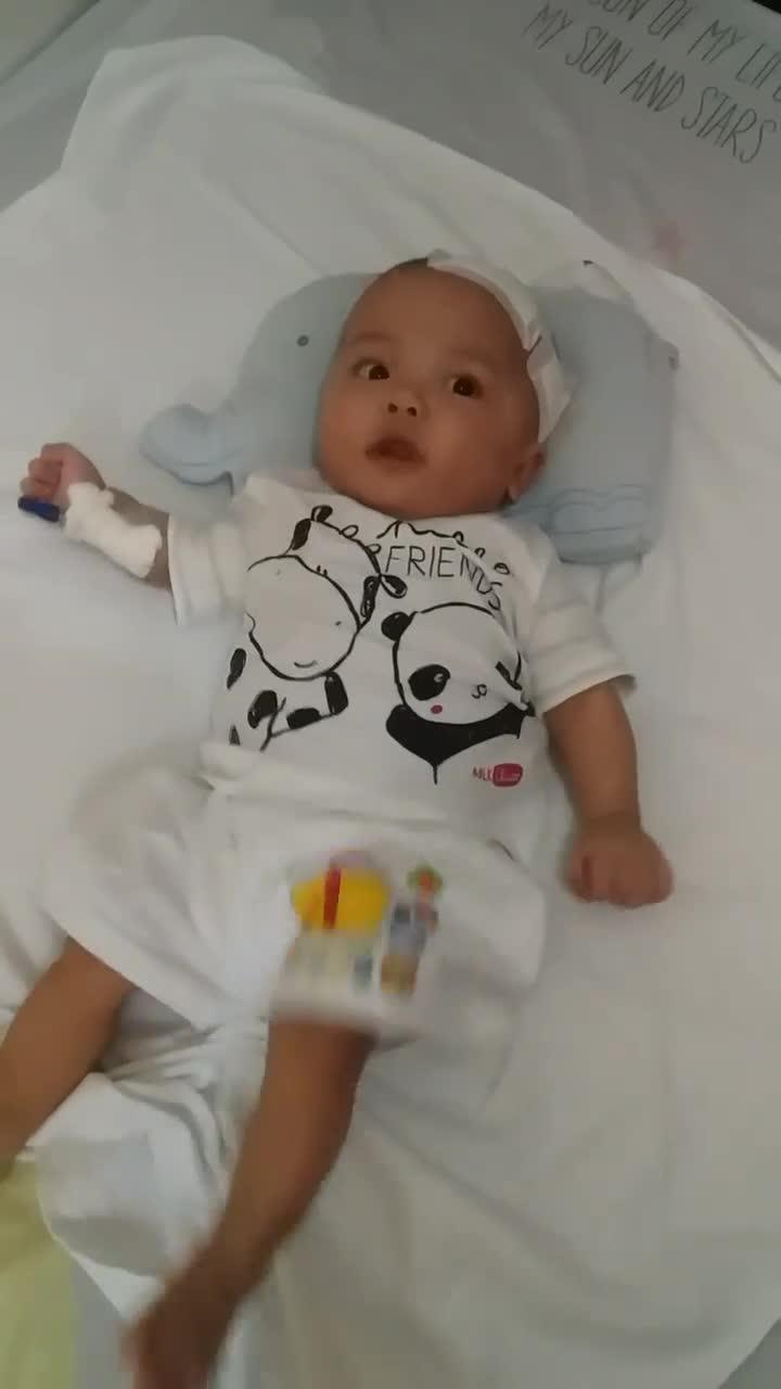 Tình hình sức khỏe hiện tại của bé Võ Văn Tuấn Anh đang khá dần lên. Tuy nhiên, bác sĩ còn tiếp tục theo dõi nên chưa biết chính xác ngày về Việt Nam