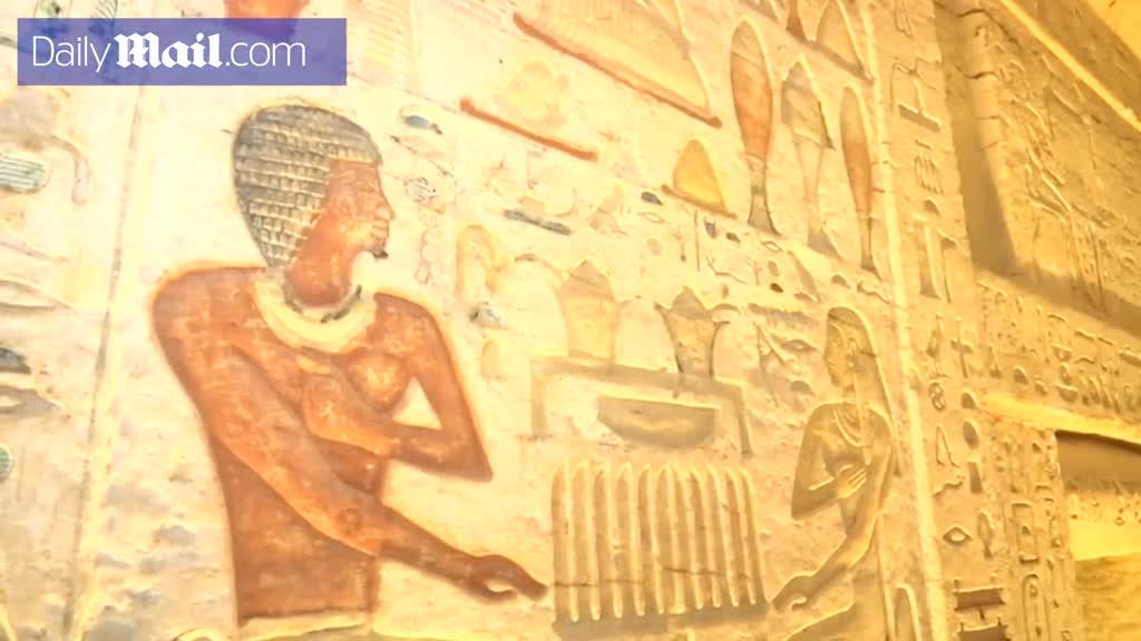 """Lăng mộ 4.400 năm tuổi có 5 căn hầm bí ẩn và nhiều bức tượng cổ """"nguyên vẹn"""" ở Ai Cập"""