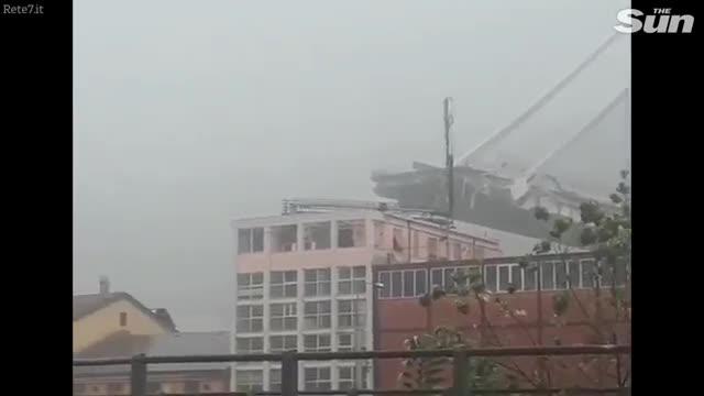 Sập cầu ở Genoa