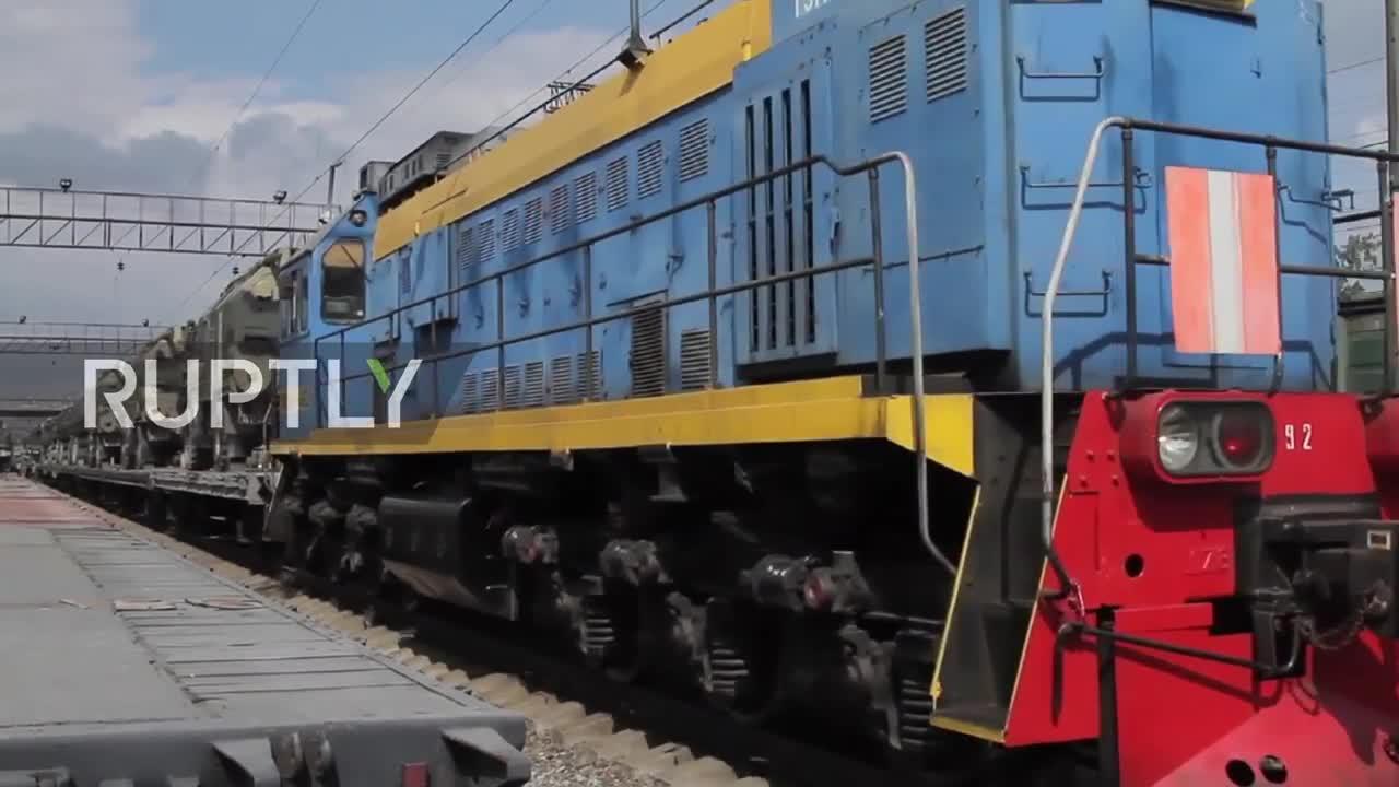 Khí tài Nga điều động tới tập trận Vostok-2018