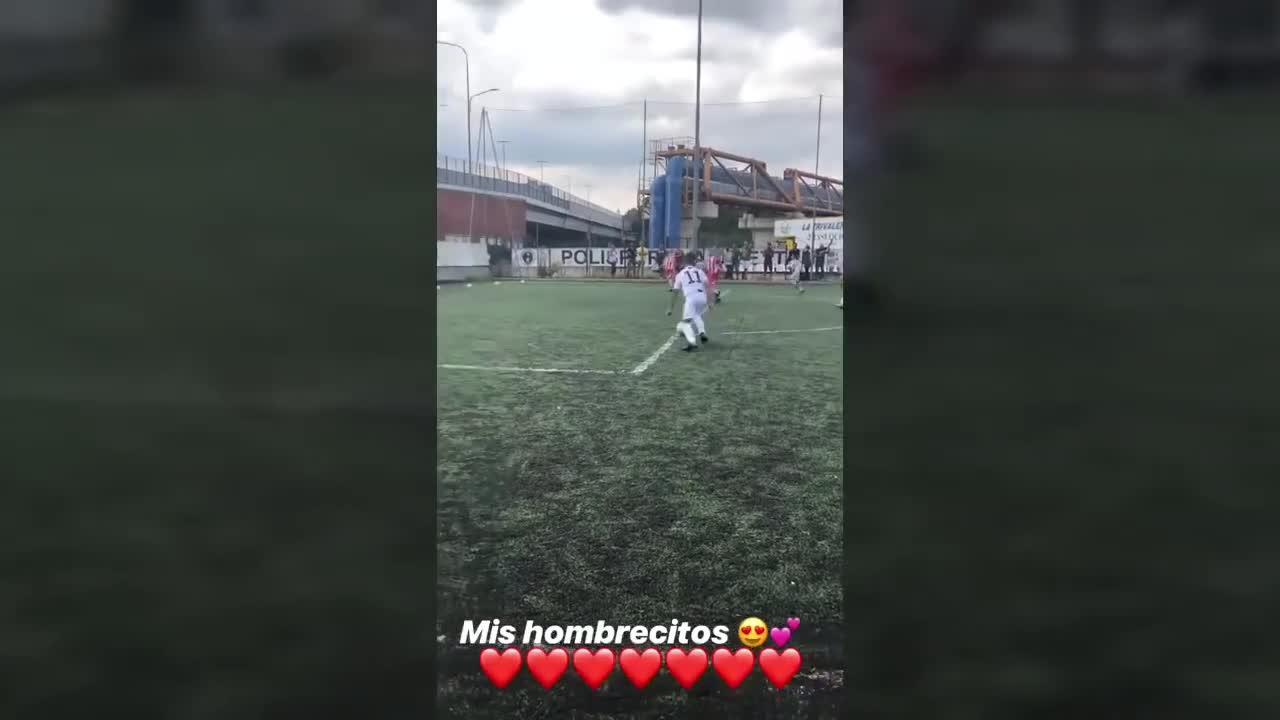 Con trai Ronaldo ghi bàn tinh tế