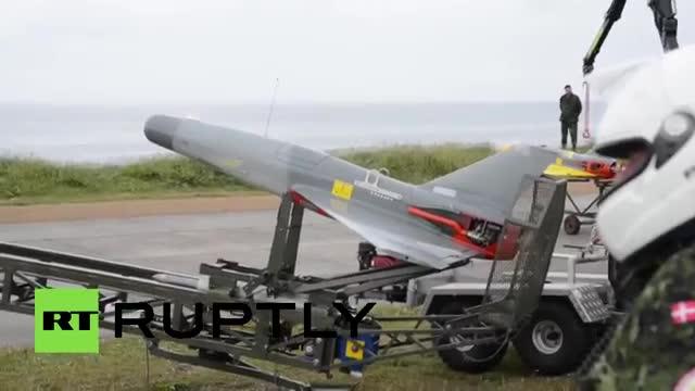 Tiêm kích F-16 bắn tên lửa hạ mục tiêu trên không