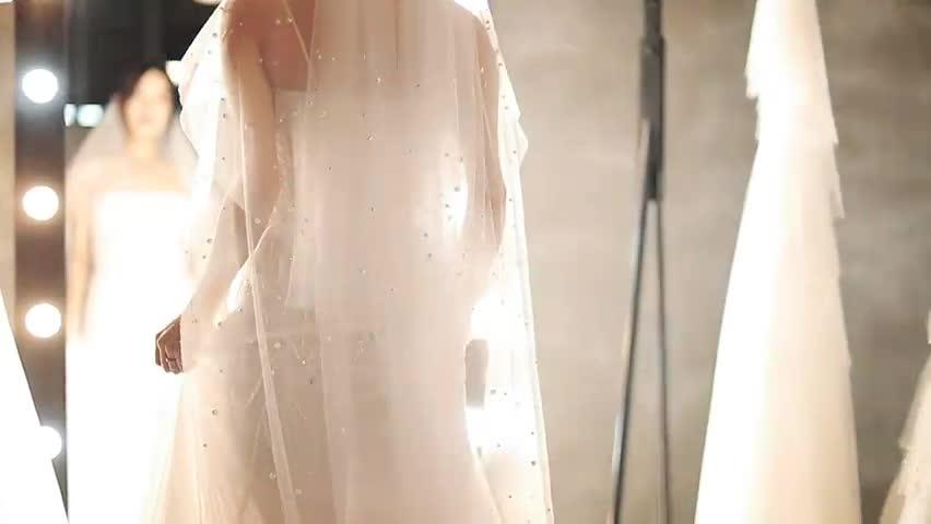 Cận cảnh 3 chiếc váy Nhã Phương sẽ mặc trong đám cưới ngày mai