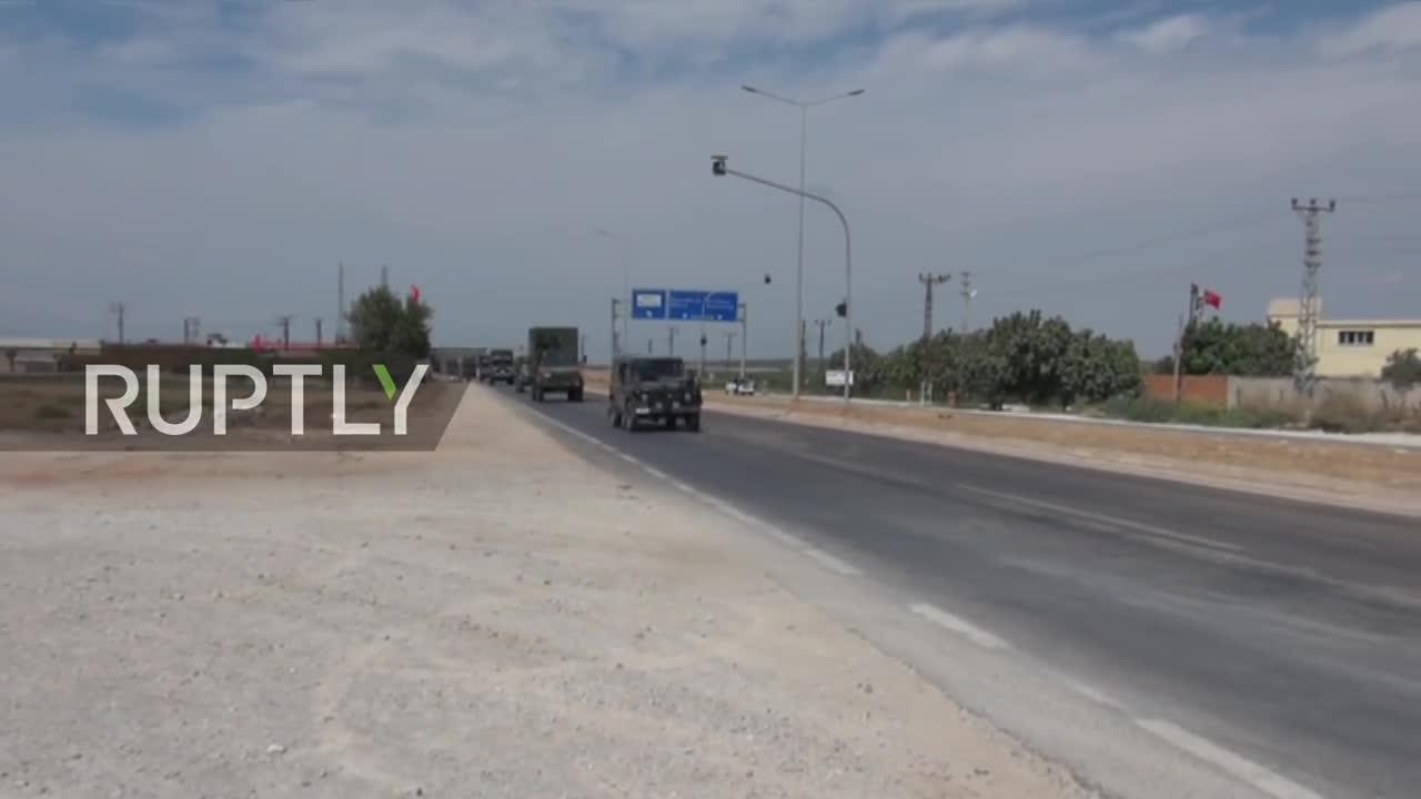 Video đoàn xe quân sự Thổ Nhĩ Kỳ hướng về Idlib, Syria
