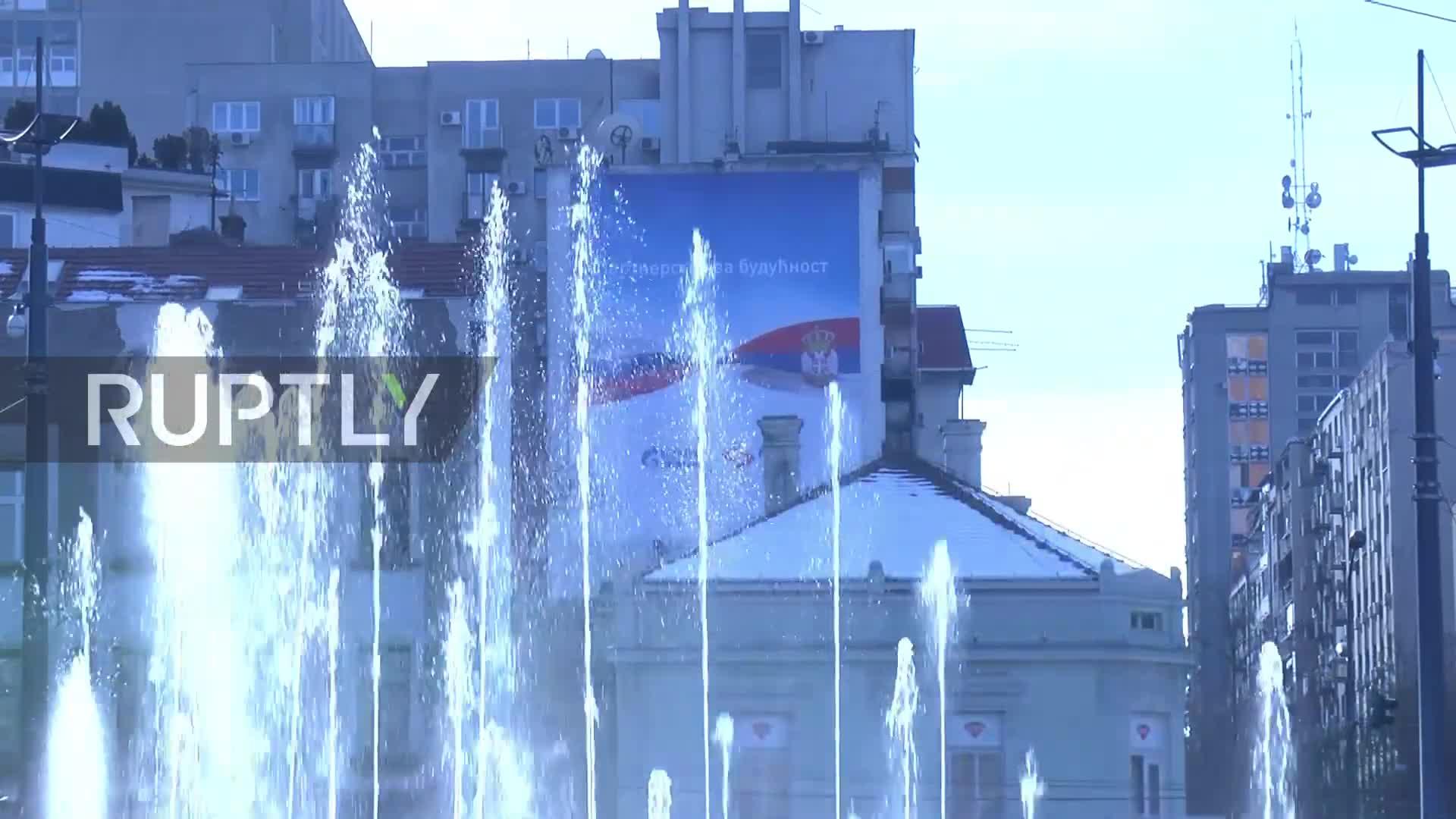 Quốc kỳ Nga tung bay tại Belgrade