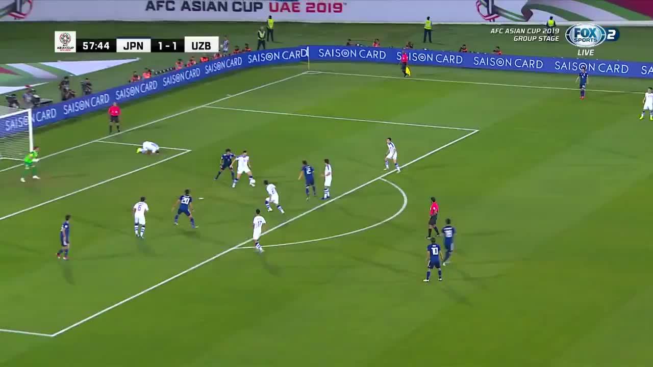 VCK Asian Cup 2019: Nhật Bản nâng tỷ số lên 2-1 trước Uzbekistan