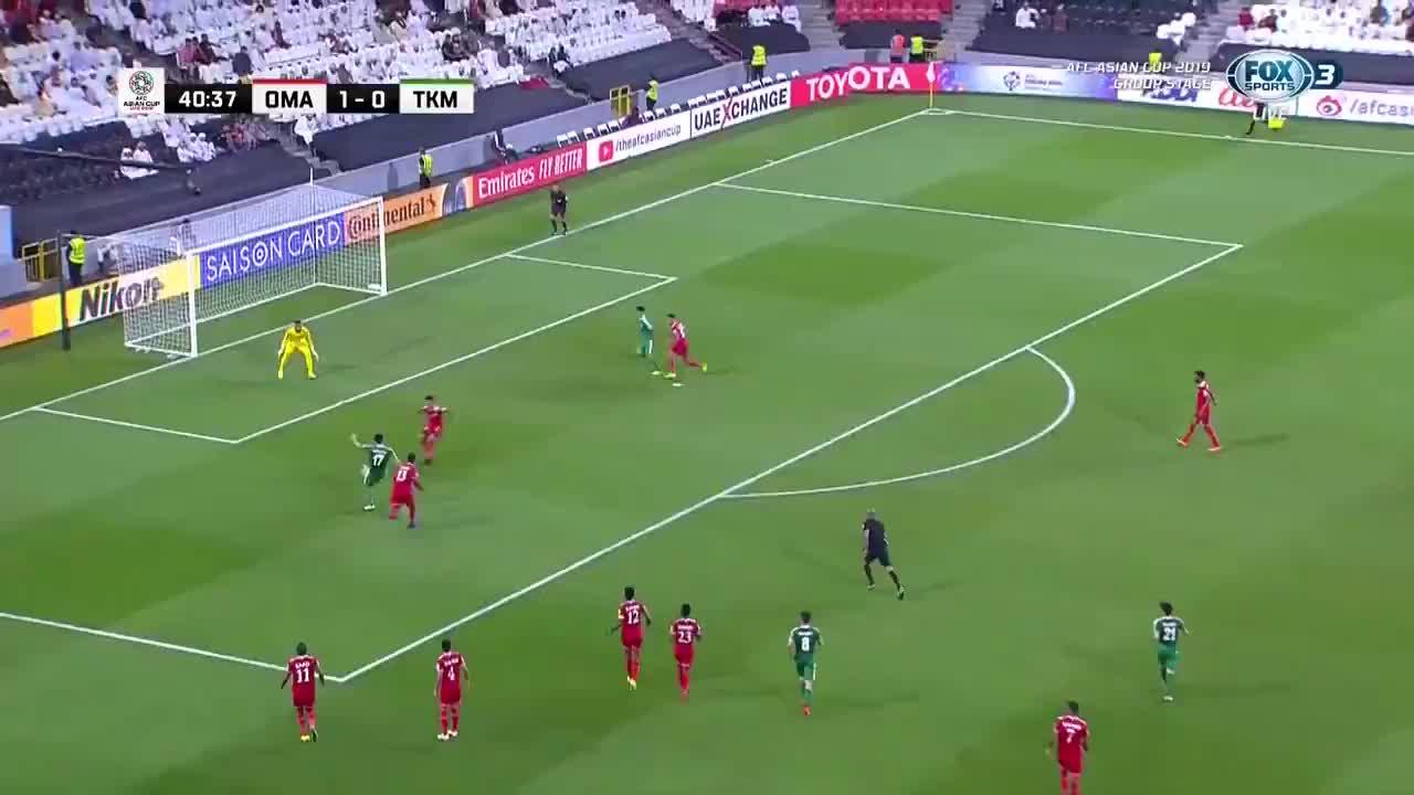 VCK Asian Cup 2019: Turkmenistan ghi bàn thắng gỡ hòa 1-1 vào lưới Oman