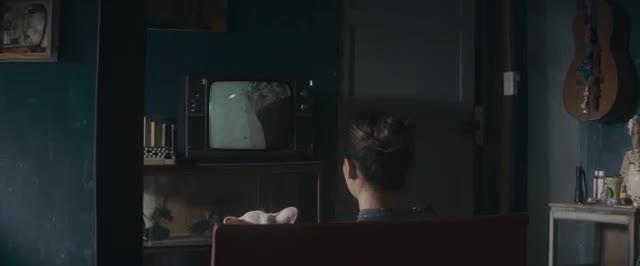 """MV """"Cầu Hôn"""" - Văn Mai Hương."""