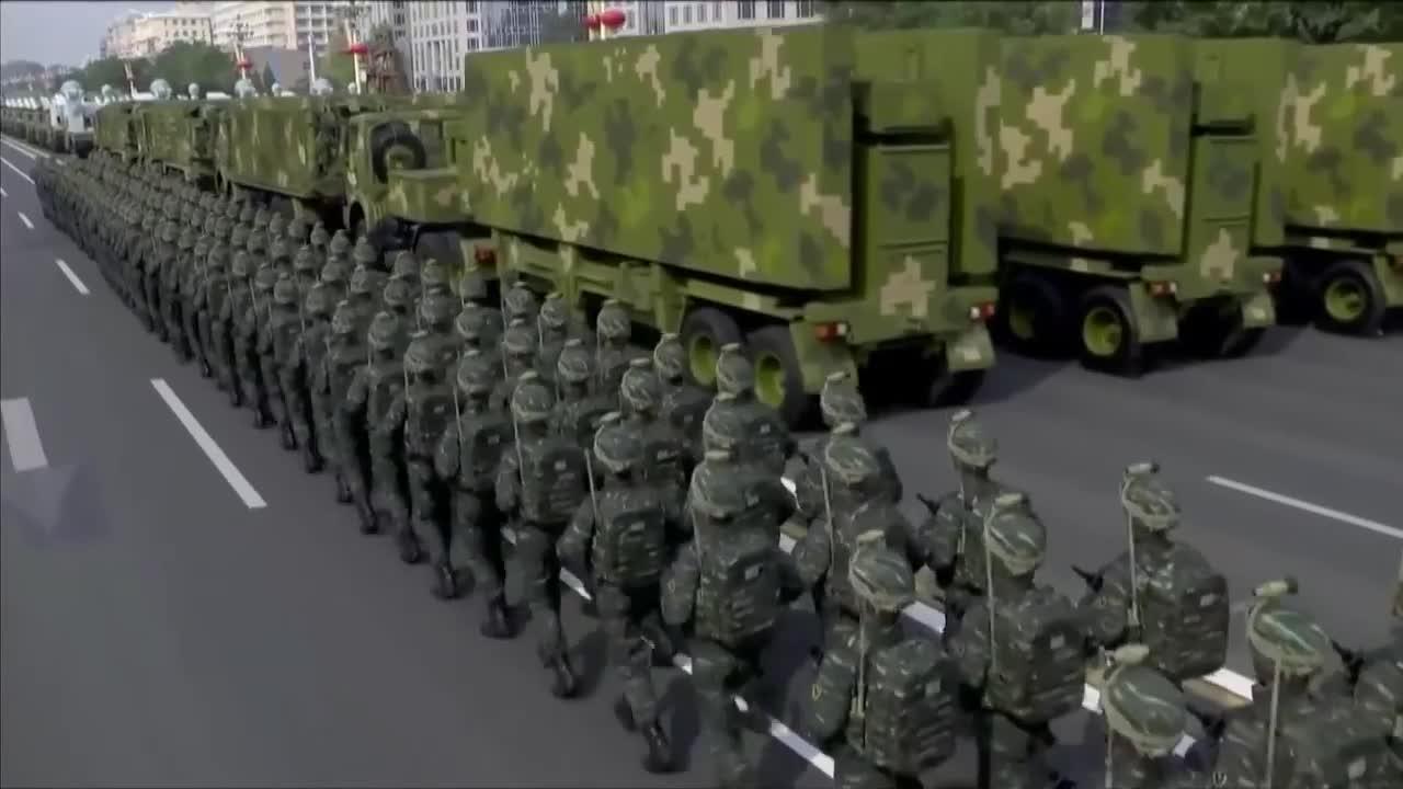 Binh sĩ thuộc các đơn vị kỹ thuật, đơn vị lực lượng đặc biệt được trang bị súng trường tấn công mới trong buổi duyệt binh hôm 1/10.