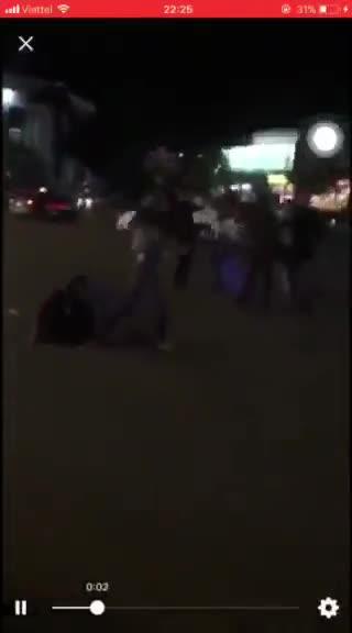 Nam thanh niên bị đánh hội đồng ở Hải Dương