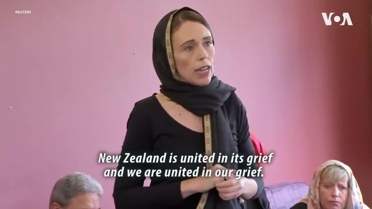 Thủ tướng Ardern gặp gỡ cộng đồng Hồi giáo tại Christchurch sau vụ xả súng.