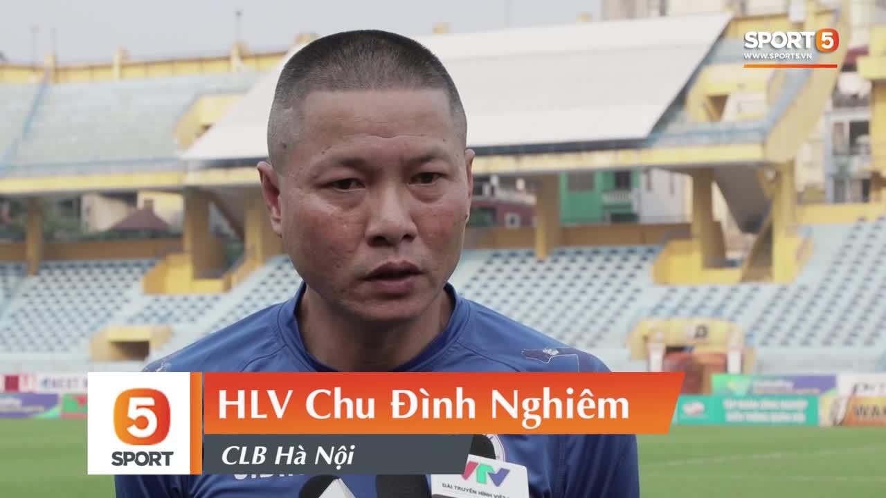 HLV Chu Đình Nghiêm bác bỏ thông tin Bùi Tiến Dũng có thể giải nghệ.