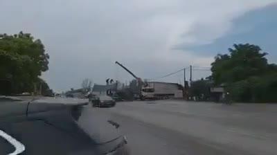 Video hiện trường tai nạn hai xe tông nhau ở Nghệ An