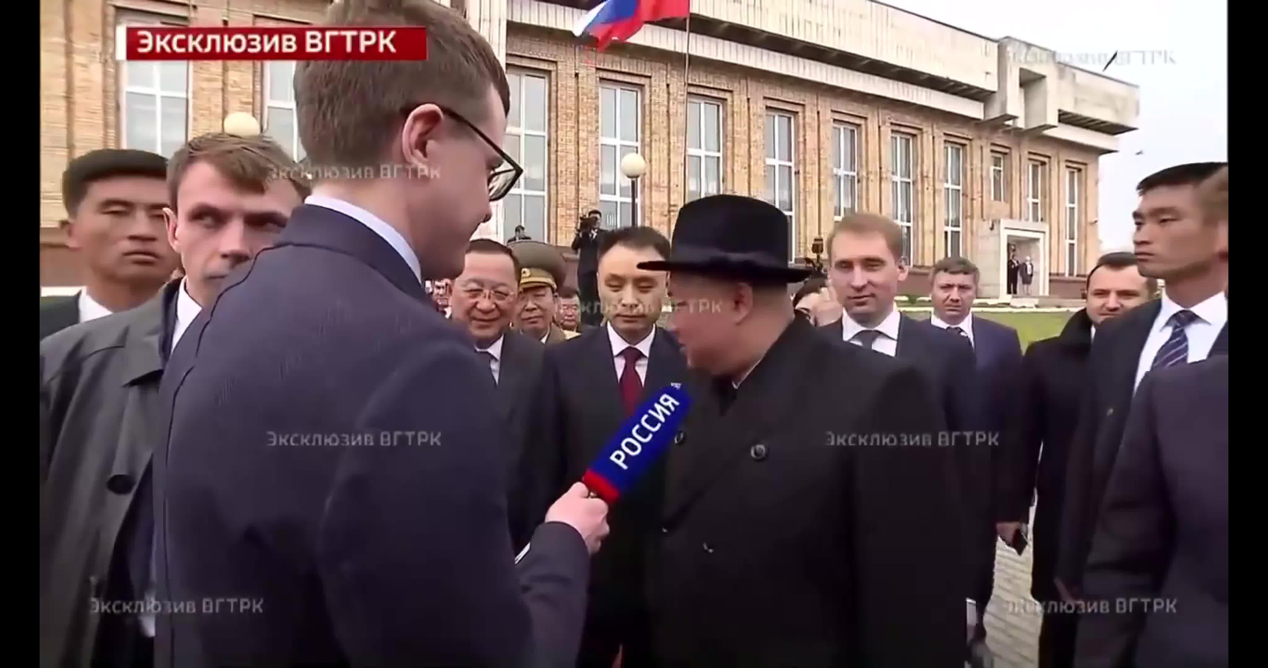 Chủ tịch Kim Jong-un lần đầu trả lời phỏng vấn truyền hình Nga